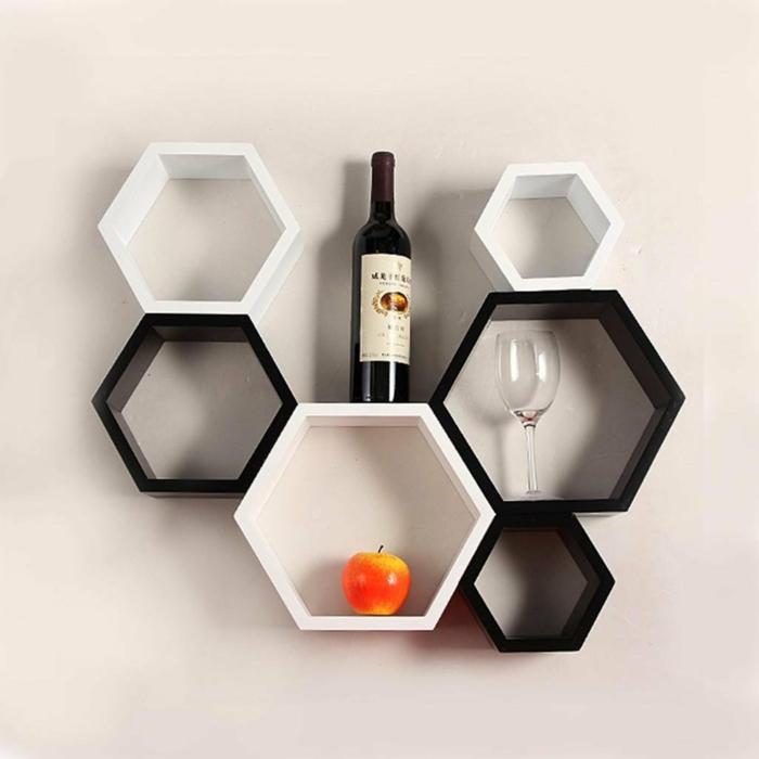 Muster in Schwarz-Weiß wandgestaltung mit Farbe schwarz weiß wohnzimmer einrichten regal