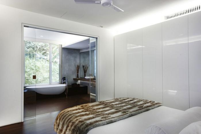 Weißes Schlafzimmer Moderner Kleiderschrank Beleuchtet Badezimmer