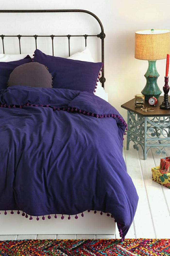Wei es schlafzimmer 122 gestaltungskonzepte in wei for Welche farben ergeben lila