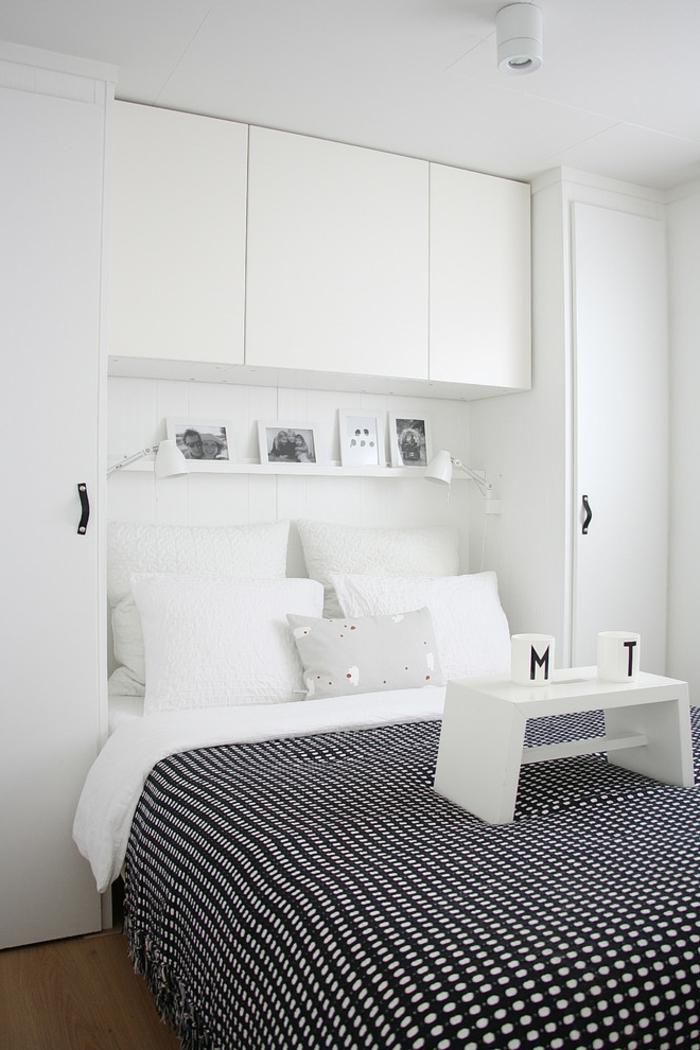 wohnideen schlafzimmer weiße wände weiße einrichtung akzente