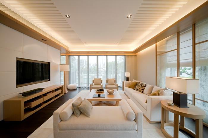 wohnideen wohnzimmer helle möbel hölzerne akzente naturnah led beleuchtung