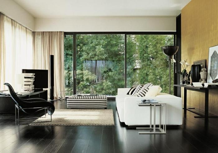 wohnideen wohnzimmer weißessofa panoramafenster gardinen