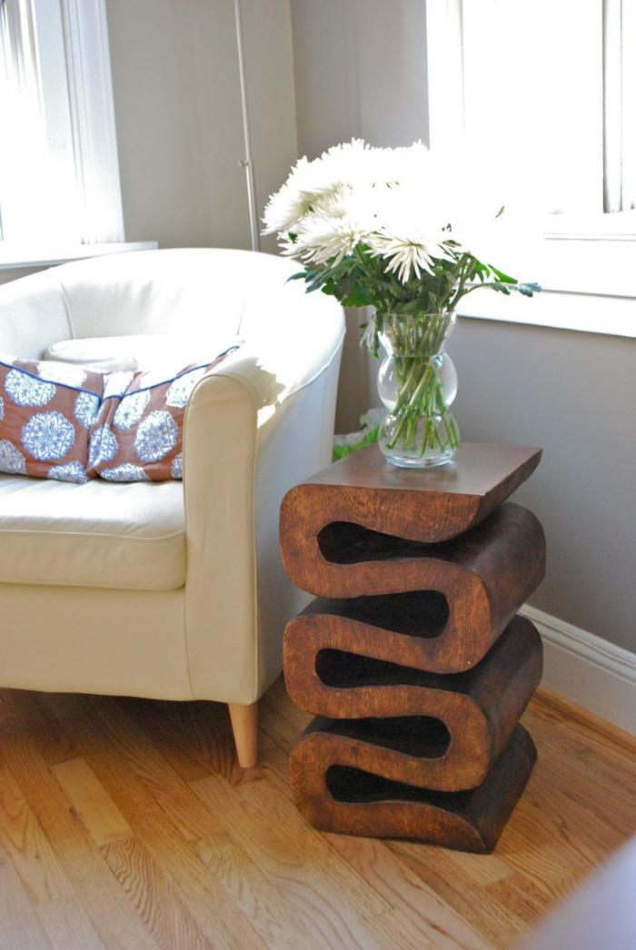 Wohntrends Wohnzimmer Dekorieren Blumen Cooler Beistelltisch