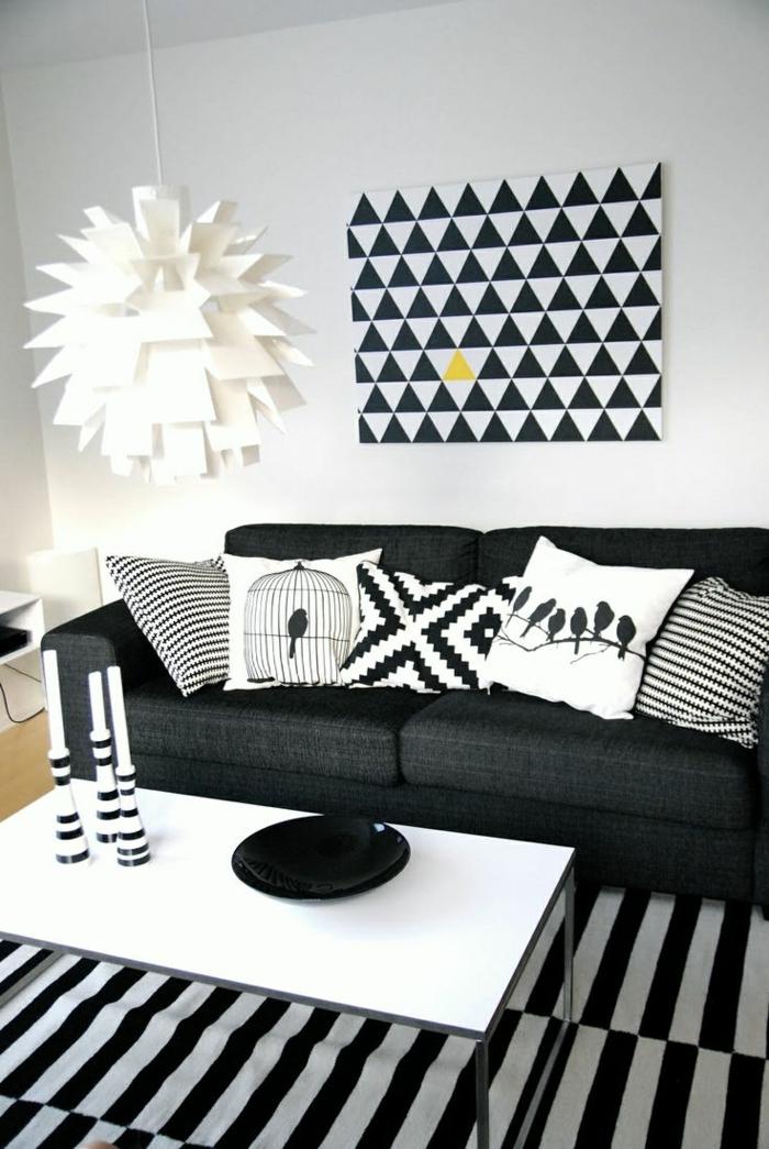 wohnung dekorieren wohnideen wohnzimmer kissenbezüge muster streifenteppich