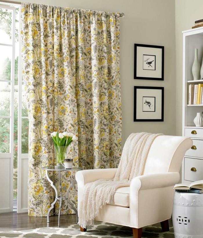 wohnung einrichten ideen gardinen florales muster