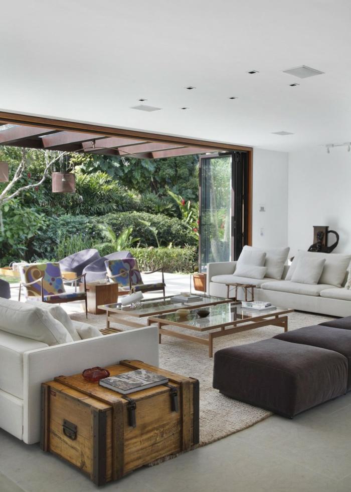 wohnzimmer einrichten beispiele elegante wohnzimmermöbel rustikaler beistelltisch
