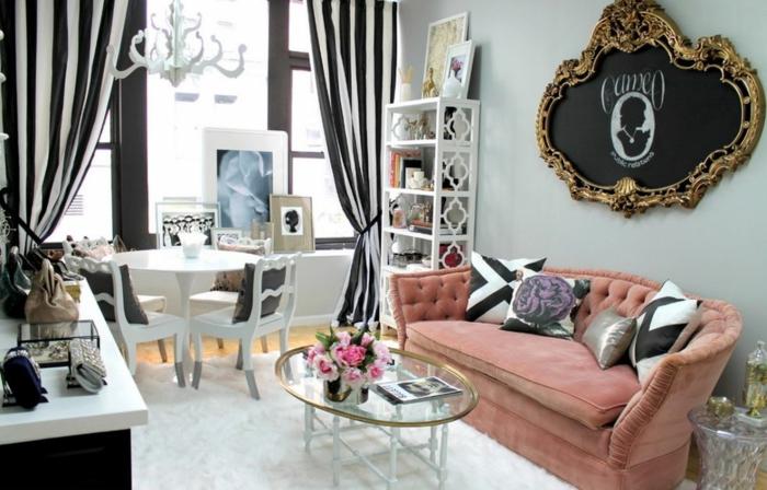 wohnzimmer gardinen ideen streifen weiß schwarz hellrosa sofa