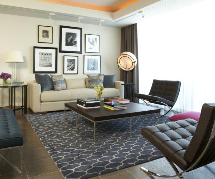 wohnzimmer gardinen lange blickdichte eleganter teppichmuster retro sessel