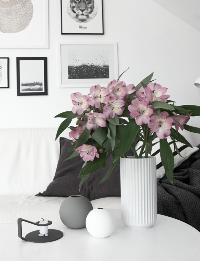 wohnzimmereinrichtung ideen dekoideen weißes wohnzimmer schwarze stoffe