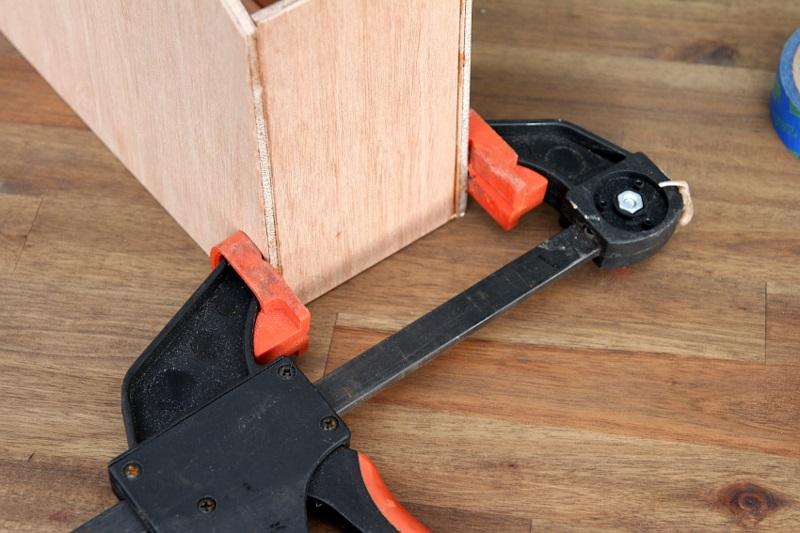 Büroaccessoires Stehsammler aus Holz selber bauen Büromaterial