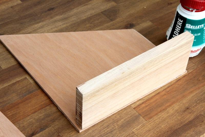 Büroaccessoires Stehsammler aus Holz selber bauen Holzplatten schneiden und zusammenbauen