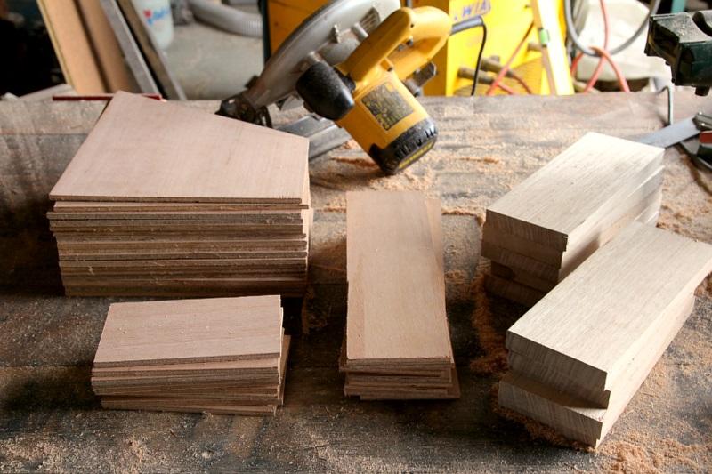 Büroaccessoires Stehsammler aus Holz selber bauen Materialien Holzplatten schneiden