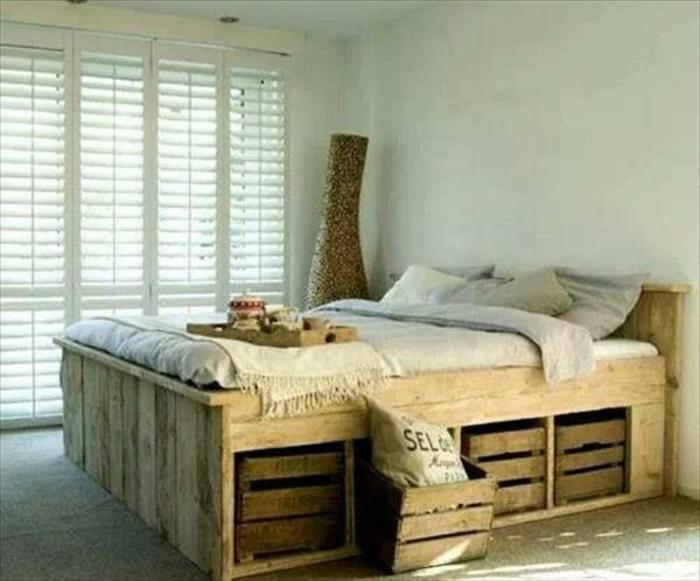 Bett aus paletten sofa aus paletten bett möbel aus paletten zusammen