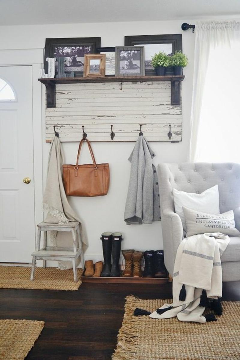 DIY Garderobenständer Garderobe selber bauen rustikale Wohnung