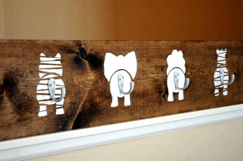 DIY Garderobe bauen Holz Kinder Flurmöbel Ideen