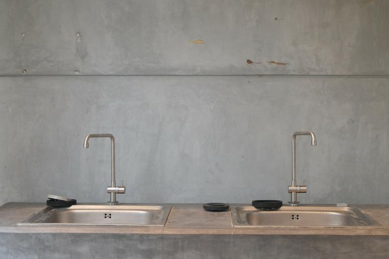 Designerküchen Betonoptik doppelte Küchenspüle