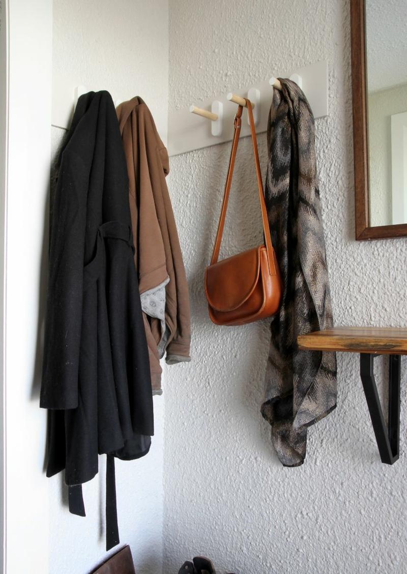 Garderobe selber bauen Dielenmöbel bauen DIY Garderobenständer Flurmöbel