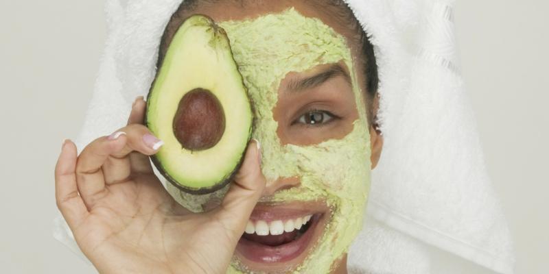 Gesichtsmaske selber machen Gesichtspflege Gesichtsmasken mit Avocado