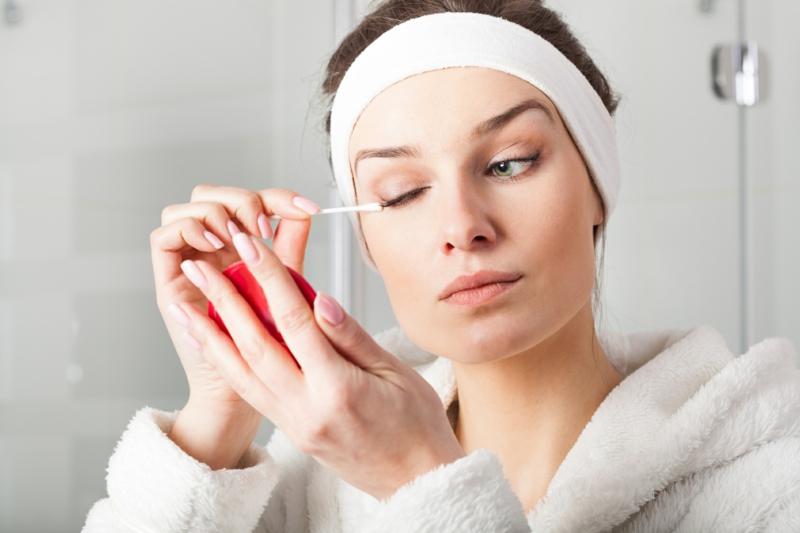 Gesichtspflege Make up entfernen schöne Haut Pflege Tipps