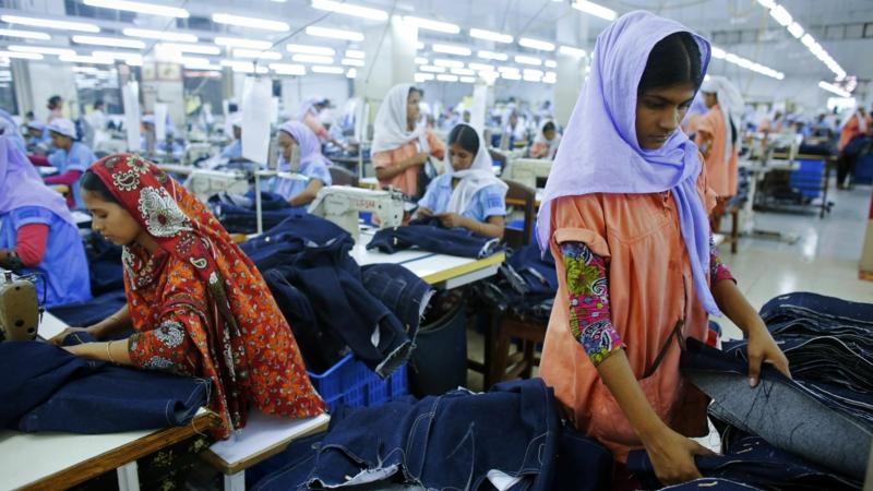 Grüne Mode als Alternative zur Fast Fashion Fabrik