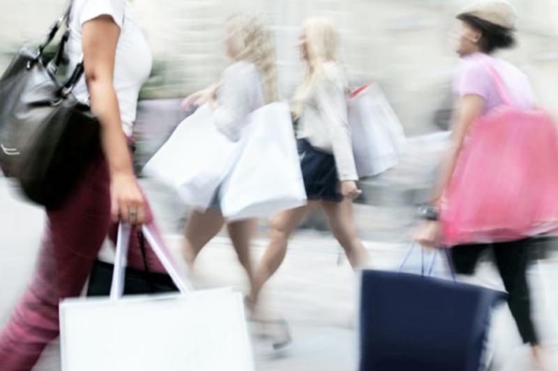 Grüne Mode als Alternative zur Fast Fashion billige Kleider