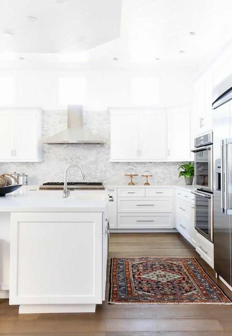 Küchendesign Trends moderne Küchenschränke weiß Küchenbilder