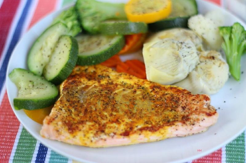 Kohlenhydratarme Ernährung Diät ohne Kohlenhydrate Fisch mit Gemüse