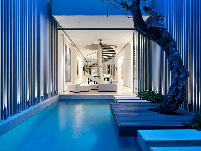 Moderne Architektur Häuser bauen Architektenhaus Hausfassade Pool Innenarchitektur