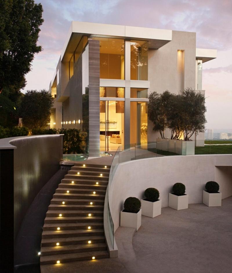 Moderne Architektur Häuser bauen Architektenhaus Hausfassade