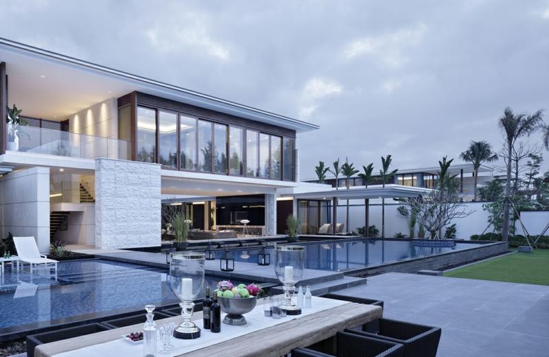 Moderne Häuser bauen Architektenhäuser moderne Hausfassade Außenbereich Pool