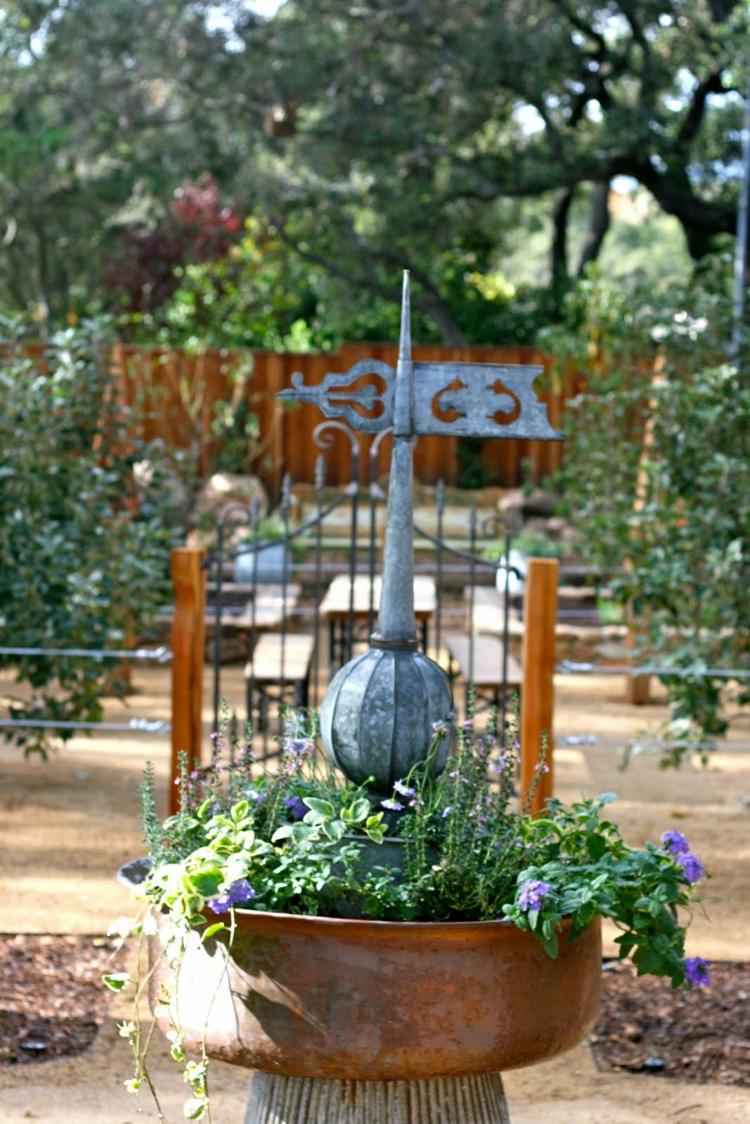 Vorgartengestaltung Vintage Stil Garten gestalten rustikal
