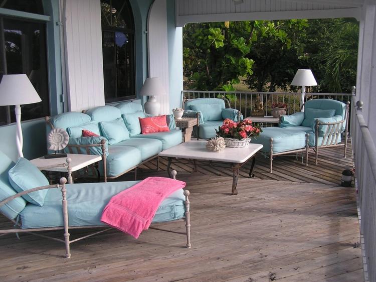 Vorgartengestaltung Vintage Stil Lounge Möbel Veranda