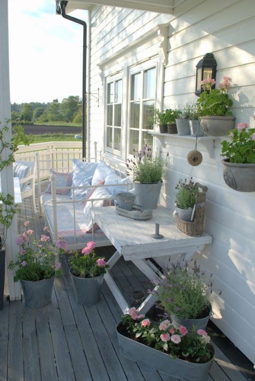 Vorgartengestaltung Vintage Stil alte Kübelpflanzen Dekoration