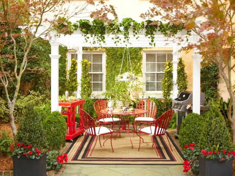 Vorgartengestaltung Vintage Stil rote Gartenmöbel