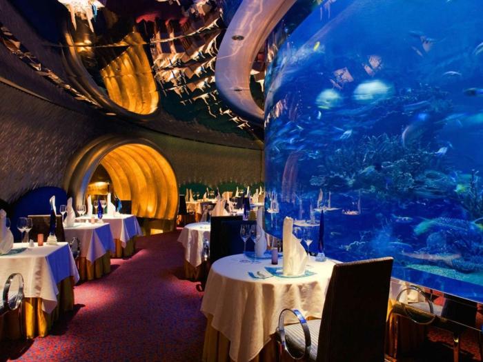 aquarium eirichten design atmosphäre einrichtungsbeispiele wandgestaltung buri al arab