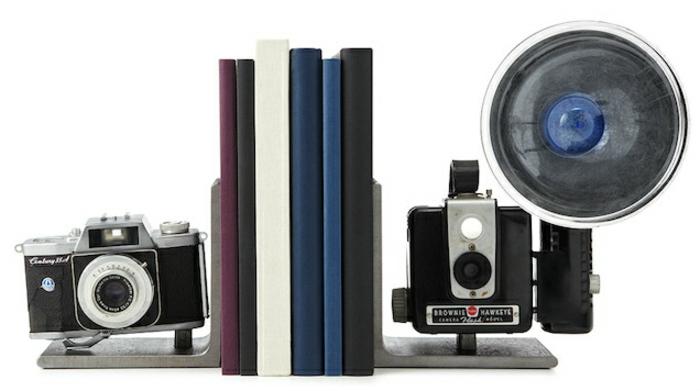 bücherstützen alte fotokameras