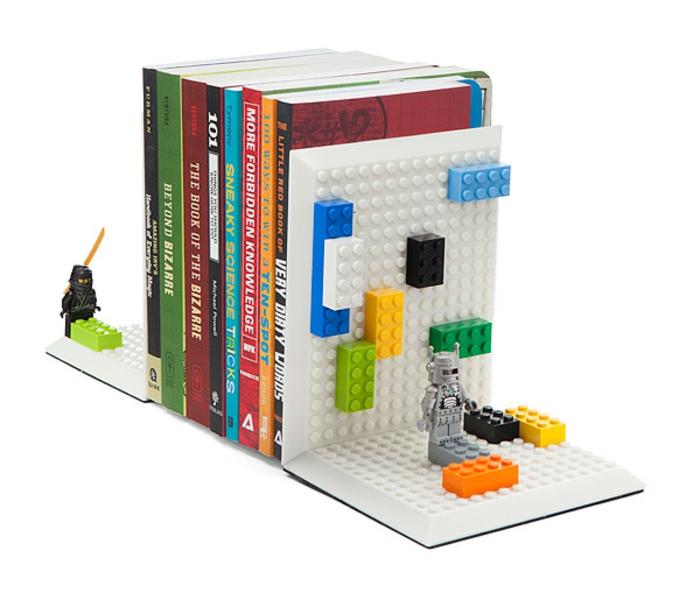 bücherstützen lego spiel figuren