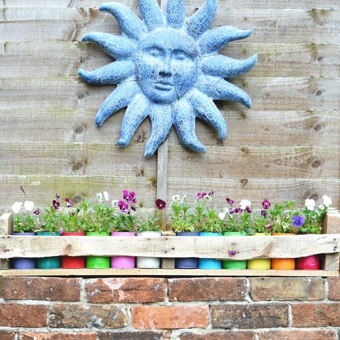 deko ideen selbermachen alte dosen wiederverwenden farbige pflanzenbehälter