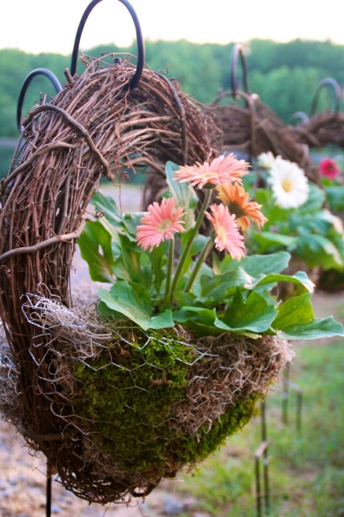 deko ideen selbermachen gartendeko pflanzenbehälter kreativ