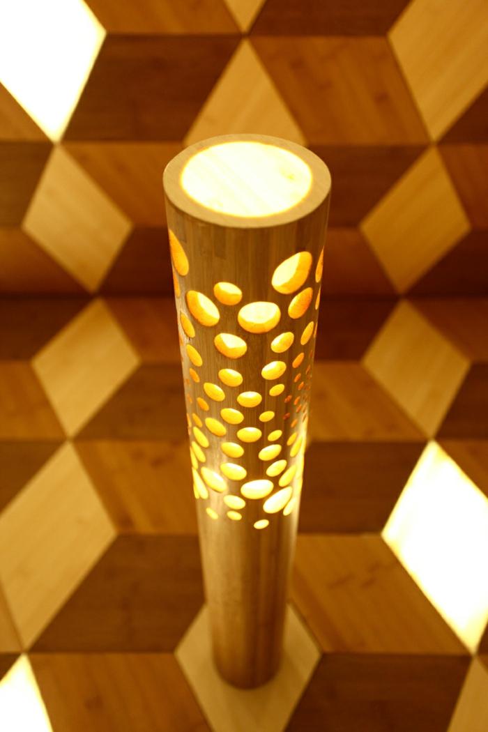 Dekoideen Bambusdeko Wohnideen Holzdeko Raumtrenner Teppich Wohnzimmer Lampe