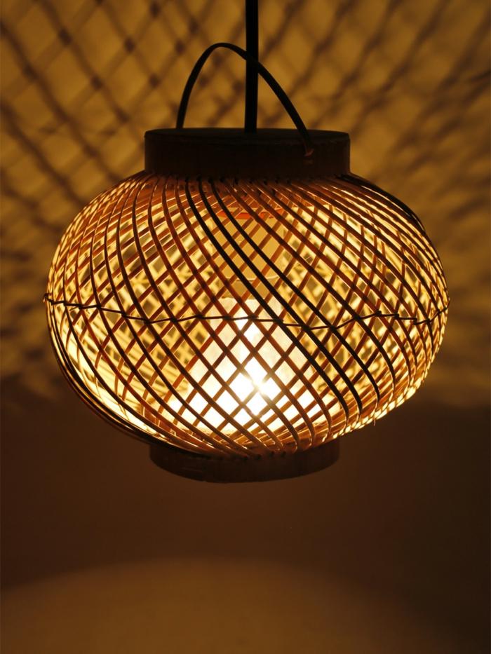 dekoideen bambusdeko wohnideen holzdeko raumtrenner teppich wohnzimmer laterne glas
