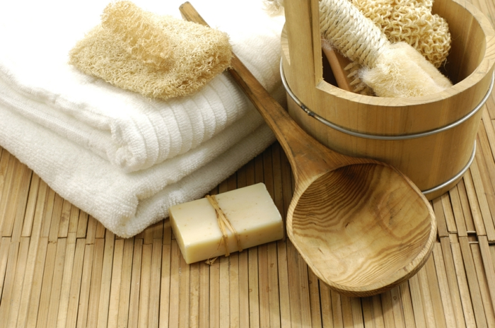 dekoideen bambusdeko wohnideen holzdeko raumtrenner teppich wohnzimmer licht objekt