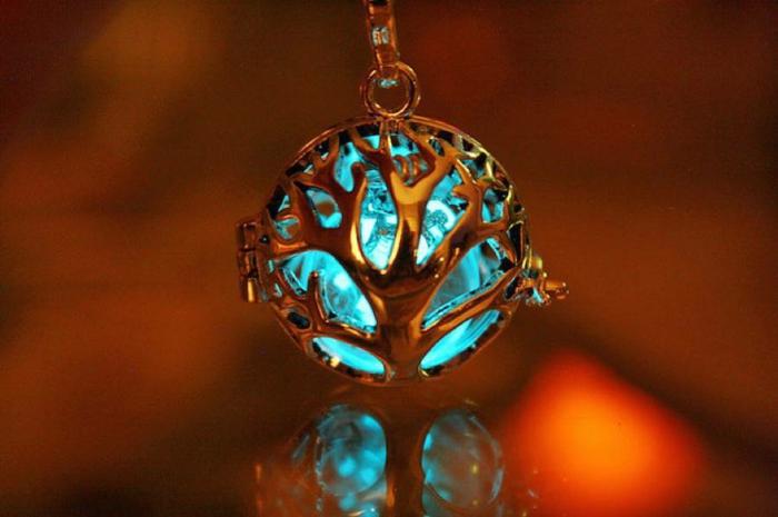 designer schmuck amulette keltischer schmuck vintage schmuck leuchtend keltischer lebensbaum