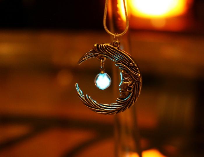 designer schmuck amulette keltischer schmuck vintage schmuck leuchtend mond