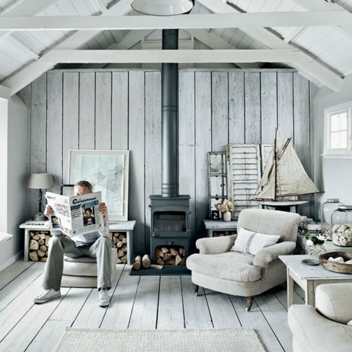 einrichtungsbeispiele maritime deko krake blau wohnzimmer eingang blaue kissen holzdiele