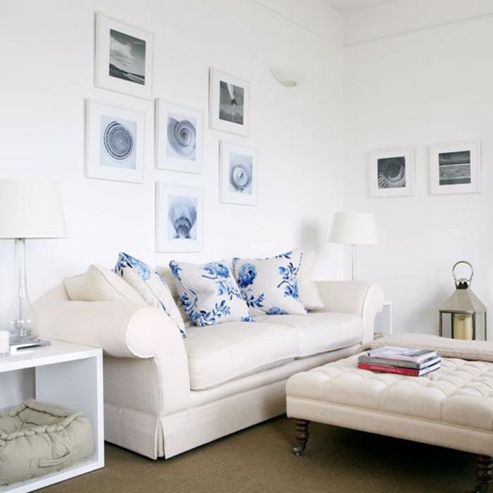 einrichtungsbeispiele maritime deko krake blau wohnzimmer eingang blaue sofa