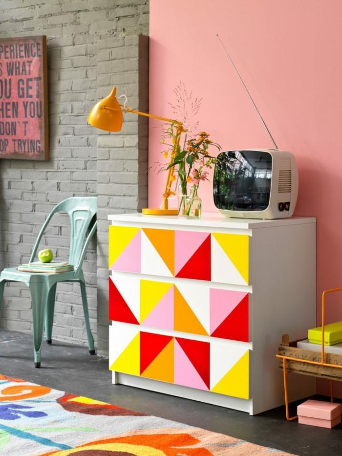 einrichtungsbeispiele wohnideen dekoideen geometrie farbe smart klare aussage grell