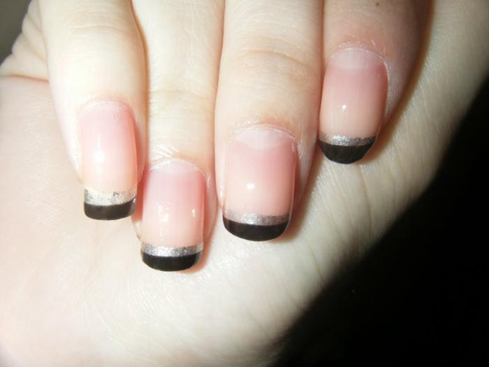 french maniküre hellrosa schwarz silber nageldesigns