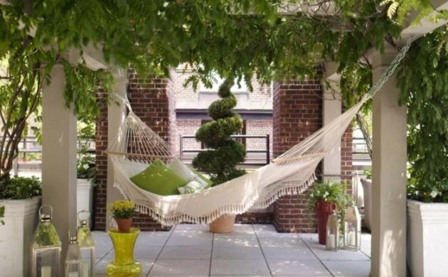 garten-hängematte-garten-gestalten-ideen-gartenpflanzen
