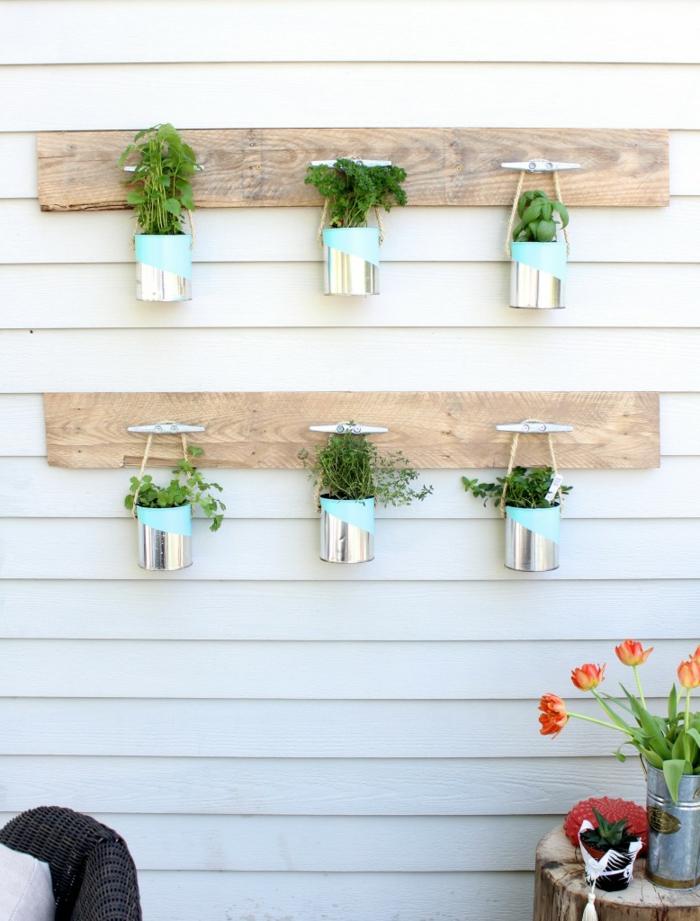 gartendeko ideen alte dosen pflanzenbehälter aufhängen